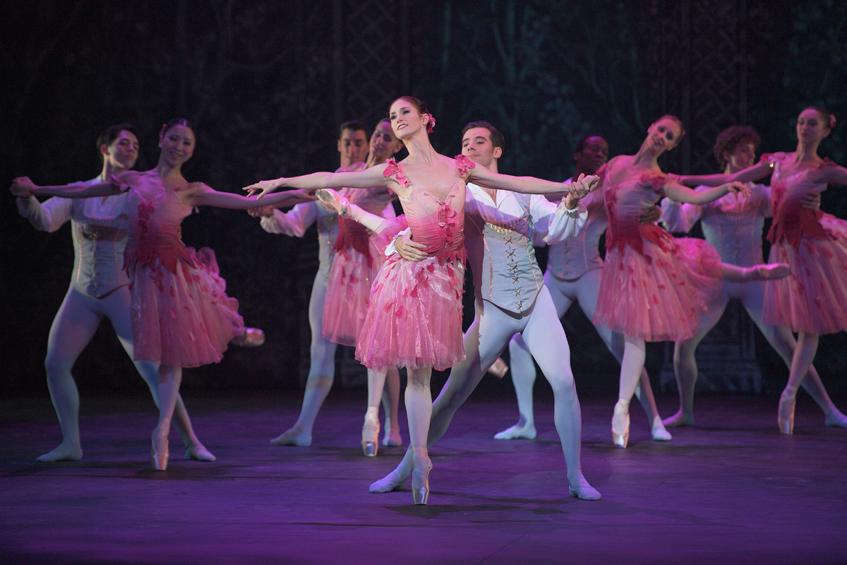 Nutcracker english national ballet at the theatre english national ballet have long set the standard for the genre and their latest production of the nutcracker continues that tradition solutioingenieria Images