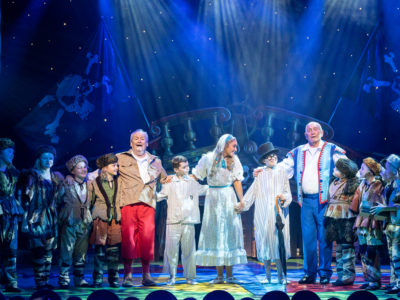 Cannon and Ball and Panto Babes - Photo Credit Wes Webster Photography